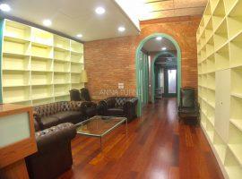 Eixample- Pau Claris. Oficina de 460 m2.