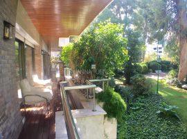Pedralbes-Exclusiva propietat de 340 m2.