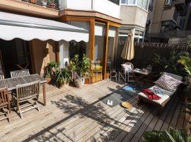 Sant Antoni- Pis amb encant amb terrassa 30 m2.